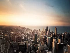 9-Day Chicago, Detroit, Niagara Falls, Washington D.C., New York New Year Countdown Tour from Chicago