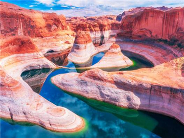 8-Day Antelope Canyon, Horseshoe Bend, Monument Valley, Las Vegas, Santa Monica Tour from Los Angeles