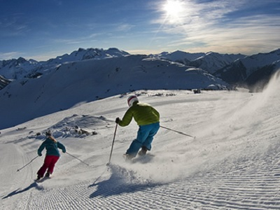 4-Day Winter Rockies Skiing Independant Tour from Calgary