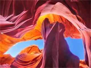 上羚羊彩穴-馬蹄灣一日游-最佳攝影時間進入上羚羊彩穴(拉斯維加斯出發)