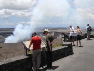 3-Day Big Island Circle Tour from Kona with Airport Pickup...