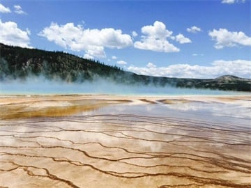 4-Day In-Depth Yellowstone Tour from Salt Lake City (Overnight in West Yellowstone)
