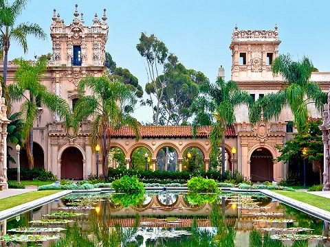 5-Day Mexico, Santa Monica, San Diego and Theme Park Tour from Los Angeles