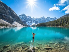 5-Day Canadian Rockies, Banff, Jasper, Maligne Lake, Vancouver Tour from Calgary