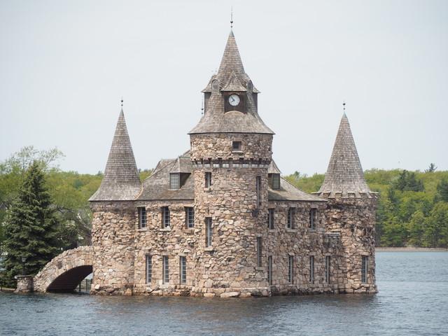 Thousand Islands castle