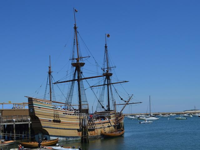 Mayflower II 17th-century 1620 Pilgrim ship in Plymouth, Massachusetts, USA