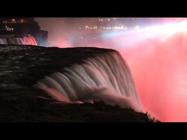 late night view of Niagara Falls