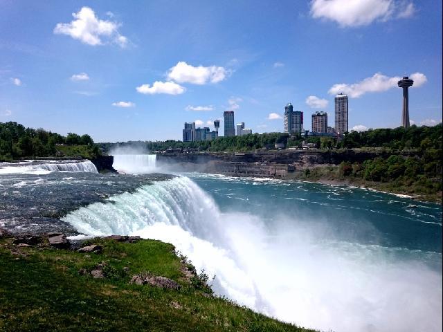 Niagara Falls morning view