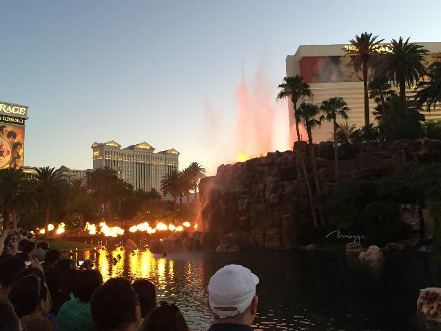 The Mirage fire-water show