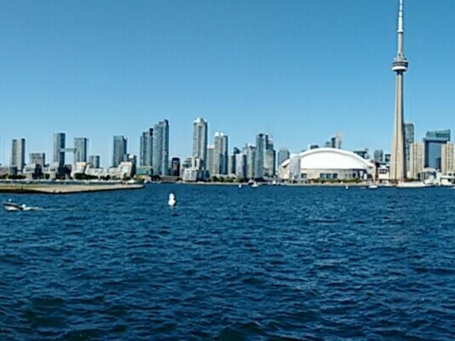General view of Toronto from  Ontario Lake