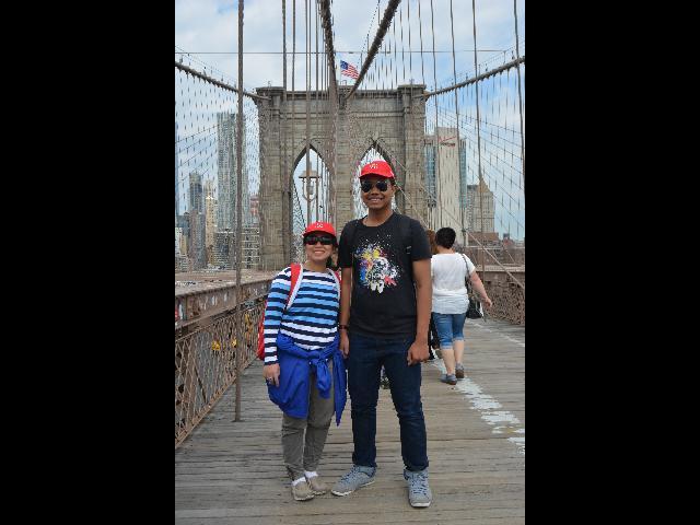 Join the Walking Tour at Brooklyn Bridge