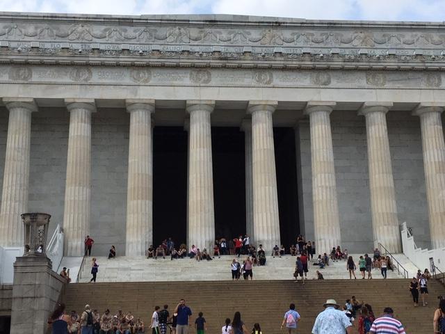 Lincoln Memorial (Exterior)