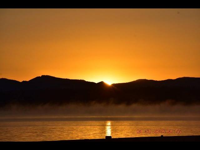 Sunrise at Lake Yellowstone