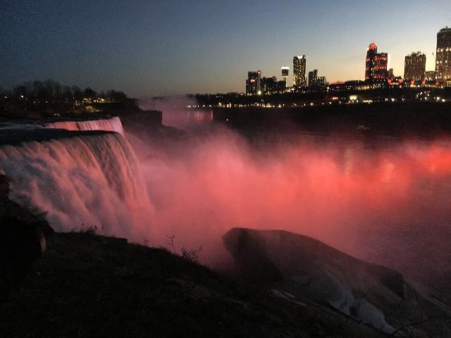 Niagara falls illuminations