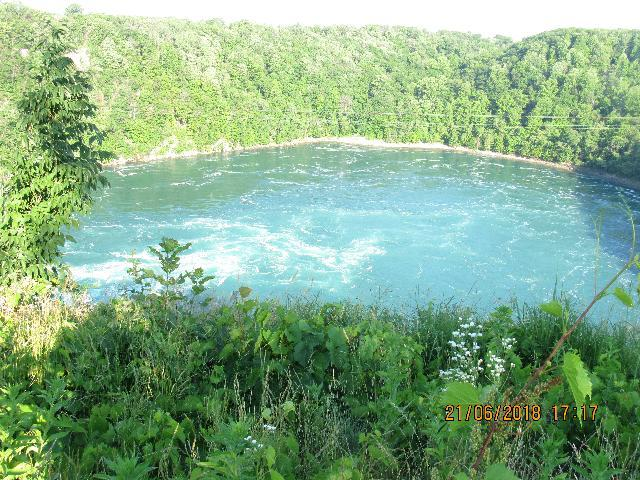 Whirlpool scenic lake