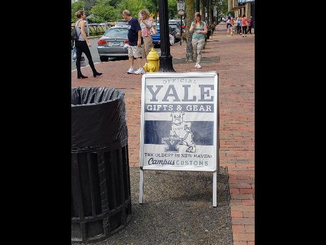 Yale shopping strip