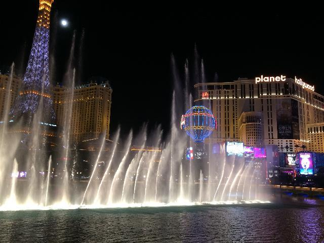 Fountain show at Bellagio