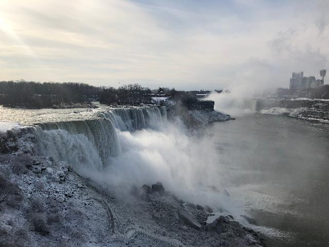 Niagara fall in winter still beautiful ❄️