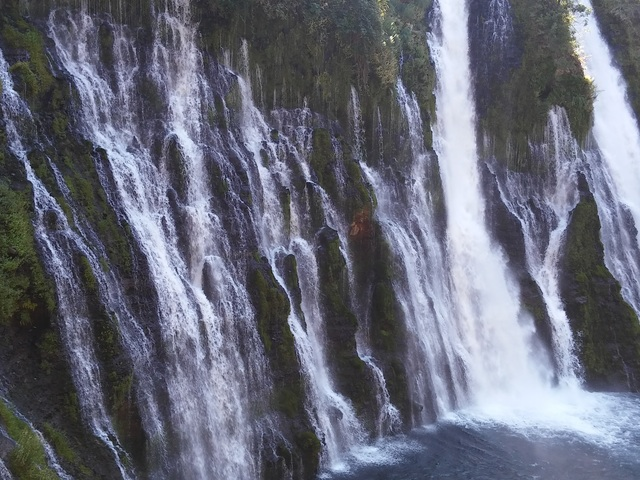 McArther Burny Falls: beautiful
