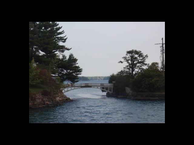 Smallest international bridge - between US and Canada - Thousand islands