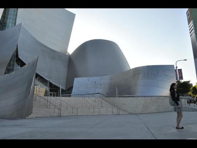 a Center in LA