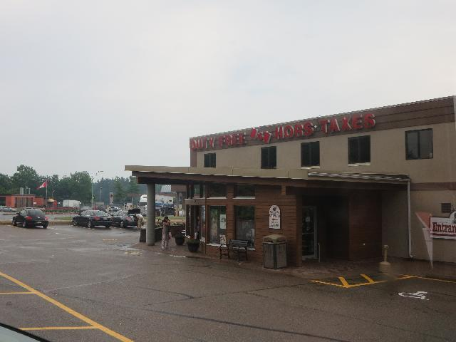 Thousand Islands Tax and Duty Free Store in Lansdowne, Ontario Canada
