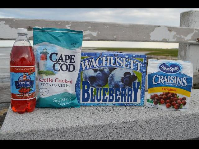New England summer snacks, Cape Cod Cranberry Dry antioxidant soda, Cape Cod kettle cooked potato chips, Wachusetts Blueberry ale beer, Ocean Spray Craisins dried cranberries, in Provincetown, Cape Cod, Massachusetts, New England, USA