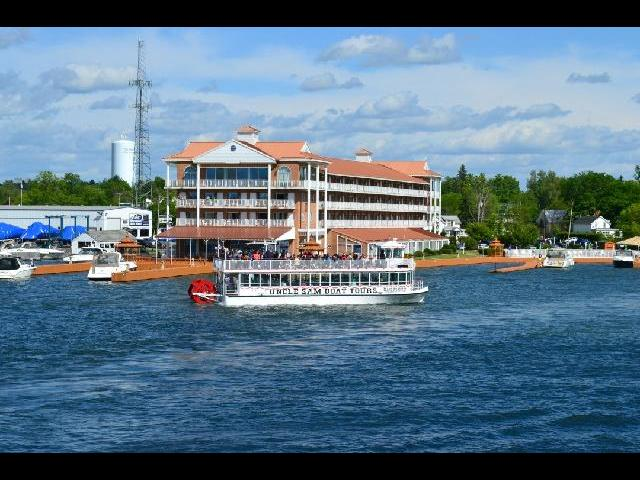 thousand islands-the boat that takes you out for trips