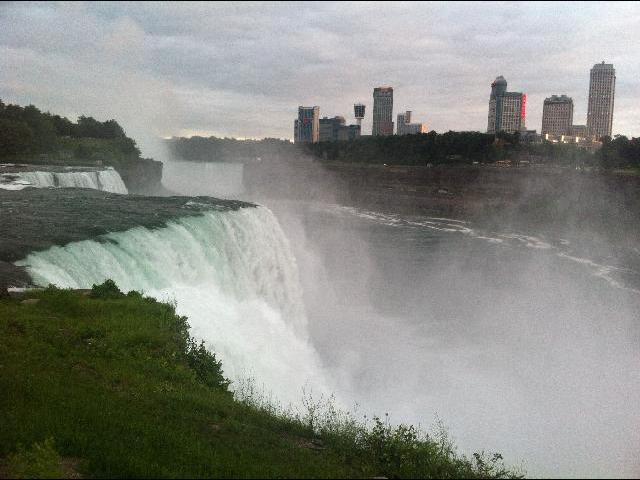 View from the American side of Niagara falls