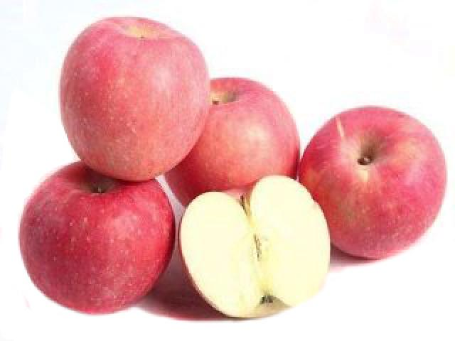 Fuji Apple - M, 4 Each