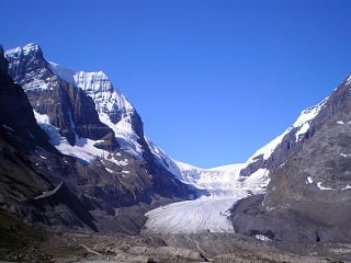 6-Day Banff National Park, Jasper National Park and Columbia Icefield Tour from Vancouver with Airport pickup