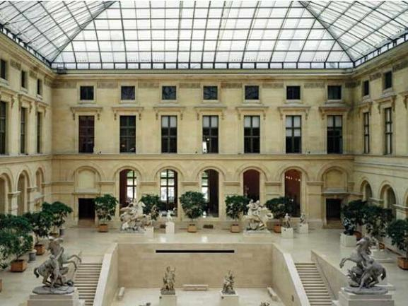 Grand Louvre Museum Guided Walking Tour