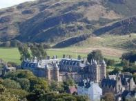 2-Day Edinburgh Tour by Rail from London