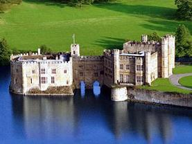 1-Day Leeds Castle, Canterbury Cathedral & Dover Tour from Lon...