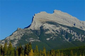 4-Day Yoho National Park, Lake Louise, Banff, Rocky Mounains Winter Tour from Calgary with Airport Transfer