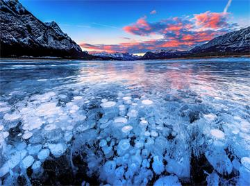 3-Day Banff National Park, Abraham Lake, Jasper National Park Mini Tour from Calgary with Airport Transfer