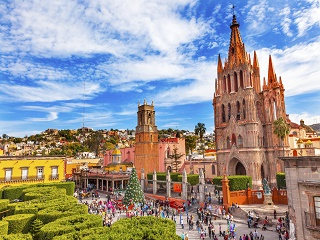 8-Day Mexico City, Morelia, Tzintzuntzan, Paracho, Los Azufres and Cuitzeo Tour from Mexico City