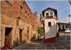 1-Day Cuernavaca & Taxco with lunch Tour from Mexico City