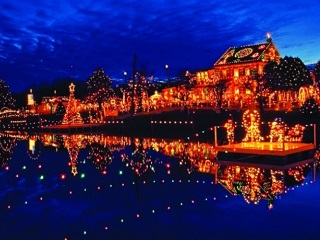 2-Day Christmas Village, Sesame Place, Hershey's Chocolate World Tour from New York/New Jersey