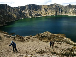 8-Day Trekking the Avenue of Volcanoes Tour from Quito