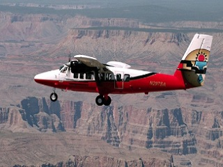 4-Hour Grand Canyon West Rim, Hoover Dam, Lake Mead Flight Tour from Las Vegas