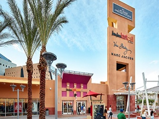 1-Day Las Vegas Premium Outlets North Shopping Tour