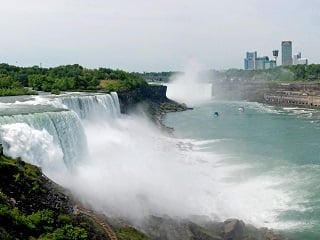 2-Day Niagara Falls Tour from Boston