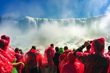 1-Day Canadian side of Niagara Falls Tour from Toronto