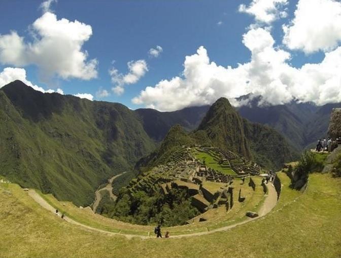9-Day Lima, Machu Picchu, Cusco, Lake Titicaca Inca Culture Tour from Lima