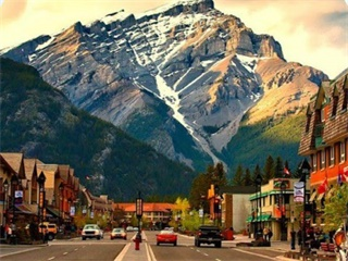 5-Day Canadian Rockies Yoho, Banff, Jasper National Parks Tour...