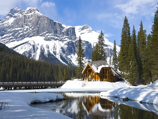2-Day Fairmont Winter B Line Mini Tour From Calgary or Banff