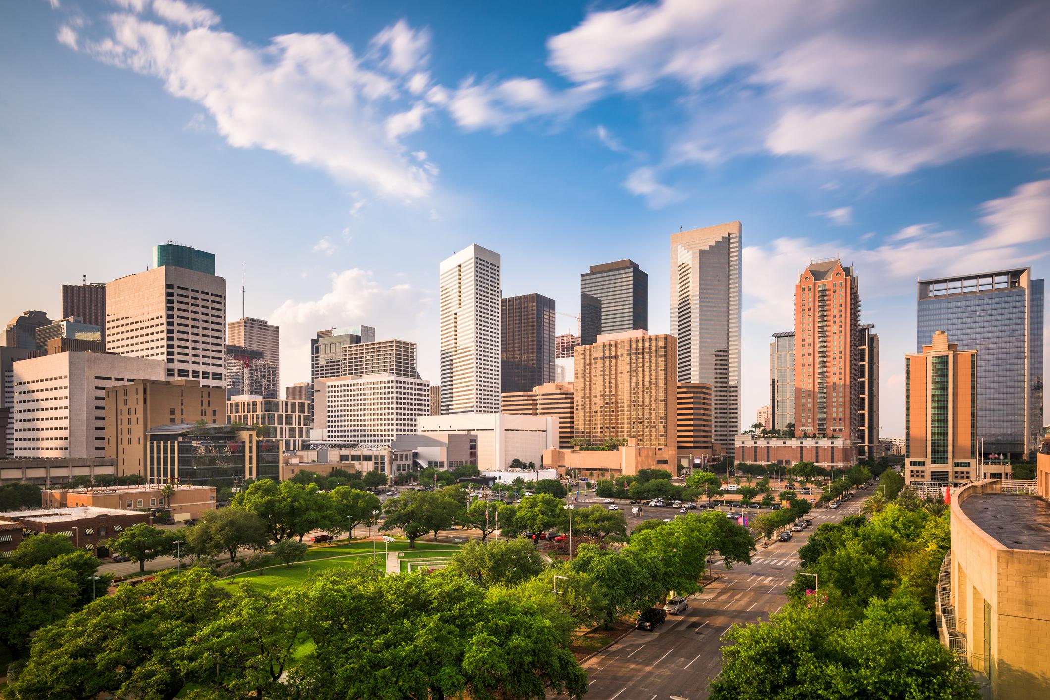 8-Day French Quarter, Oak Alley Plantation, Houston, San Antonio,  Austin, Dallas Tour from New Orleans