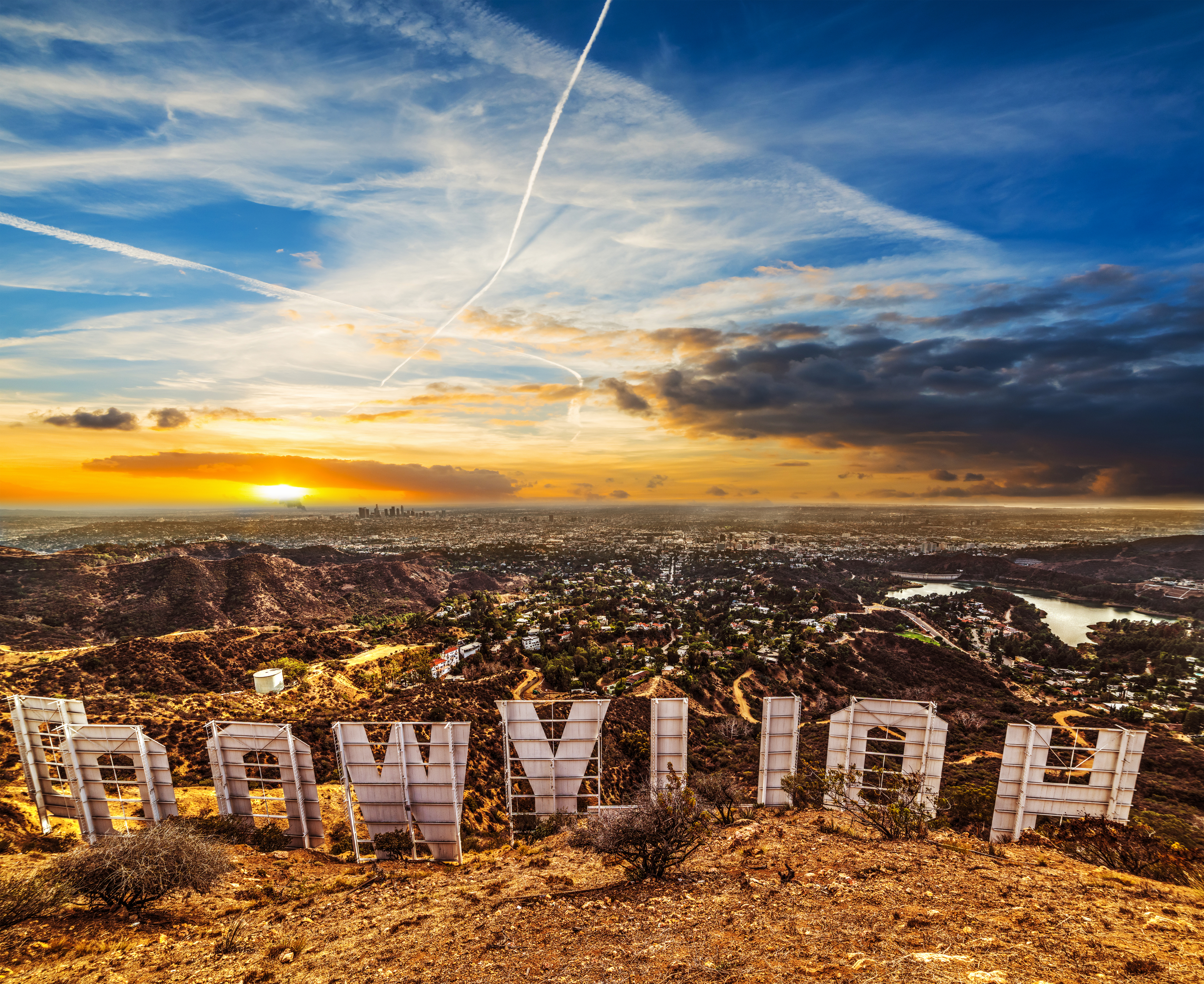 4-Day Hollywood, Disneyland (or San Diego), Universal Studios Tour from San Francisco