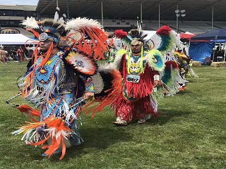 2-Day Chumash PowWow, Santa Barbara and Simi Valley Tour from Los Angeles